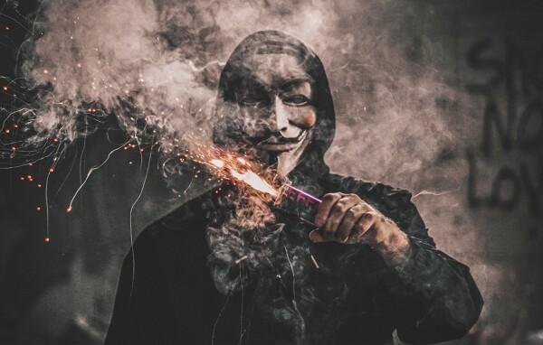pirateria_informatica_cyberterrorismo
