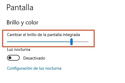 Cómo ajustar el brillo de la PC en Windows 10 desde las configuraciones paso 3
